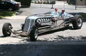 Jay Leno's Tank Car Terrorizes the Streets!